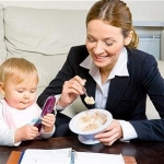 Working mothers spend 81 minutes a day looking after their children